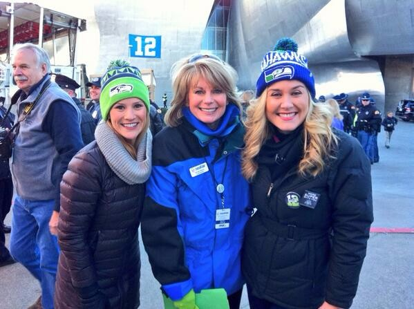 Kelly, Margo and Michelle at SB Parade